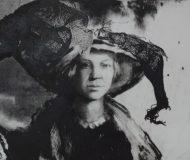 AP-AnnaKolos-Lady-Ella-by-Anna-Kolos
